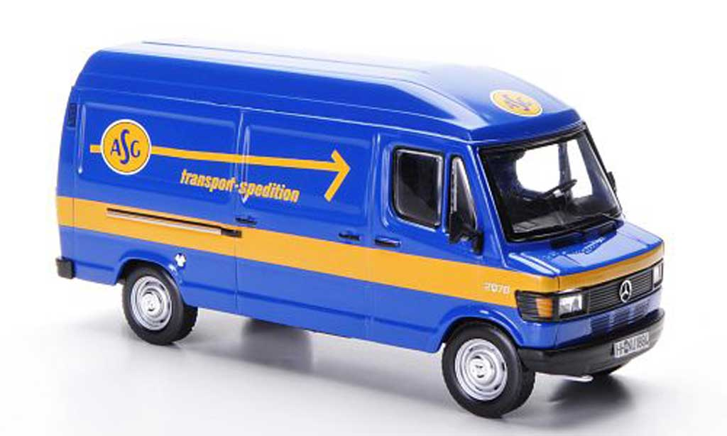 Mercedes 207 D 1/43 IXO D Kasten ASG transport-spedition 1987 miniature
