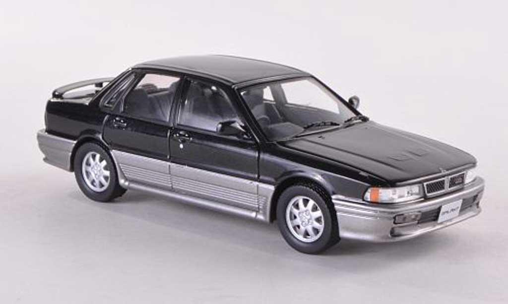 Mitsubishi Galant VR4 1/43 IXO noire  1987 miniature