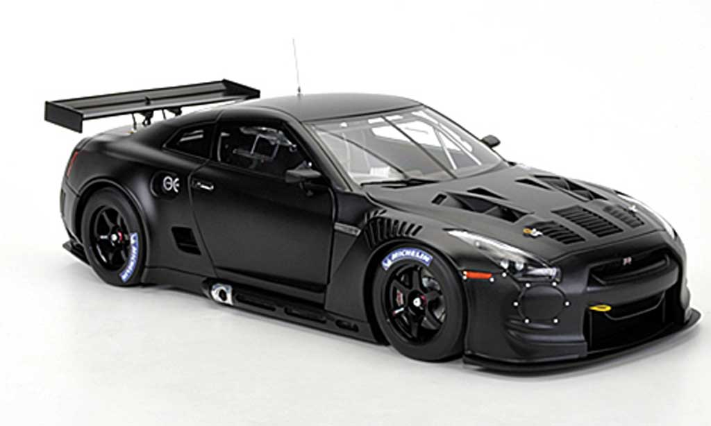 nissan skyline r35 gt r matt schwarz fia gt1 weltmeisterschaft 2010 autoart modellauto 1 18. Black Bedroom Furniture Sets. Home Design Ideas