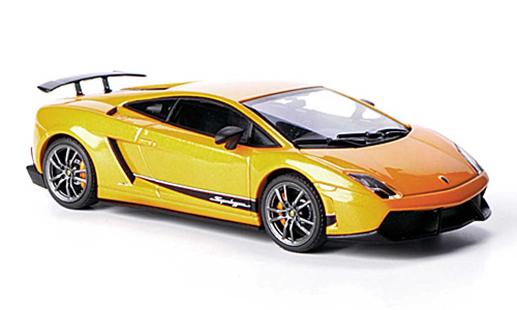 Lamborghini Gallardo LP570-4 1/43 Autoart Superleggera orange 2010 miniature