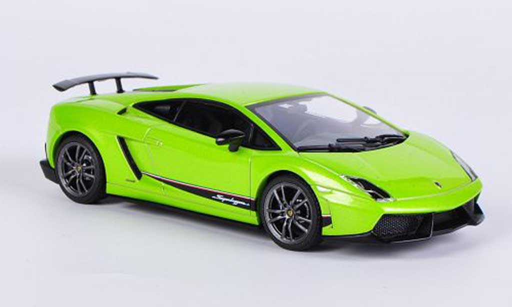 Lamborghini Gallardo LP570-4 1/43 Autoart Superleggera grun 2010 miniature