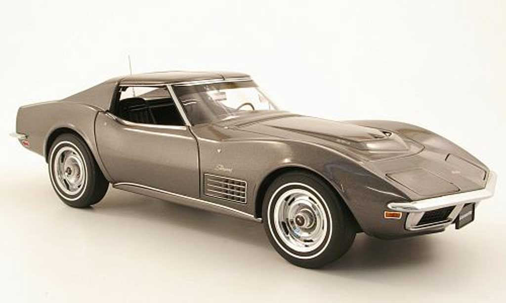 Chevrolet Corvette C3 1/18 Autoart grey 1970 diecast model cars