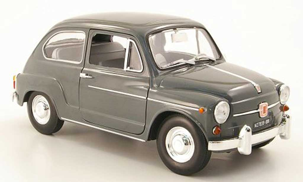 Fiat 600 1/18 Revell d grise