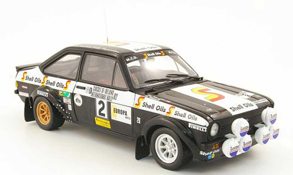 Ford Escort MK2 1/18 Sun Star rs1800 no.2 s oils cicuit of ireland 1982 a.vatanen / n.wilson miniature