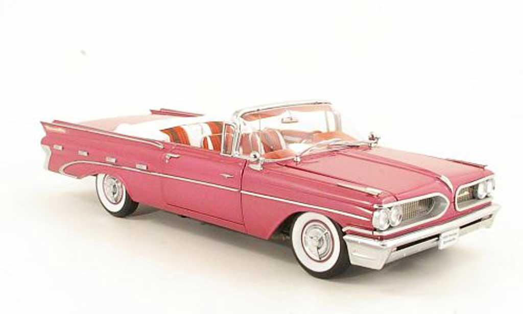 Pontiac Bonneville 1/18 Sun Star Convertible violette 1959 miniature