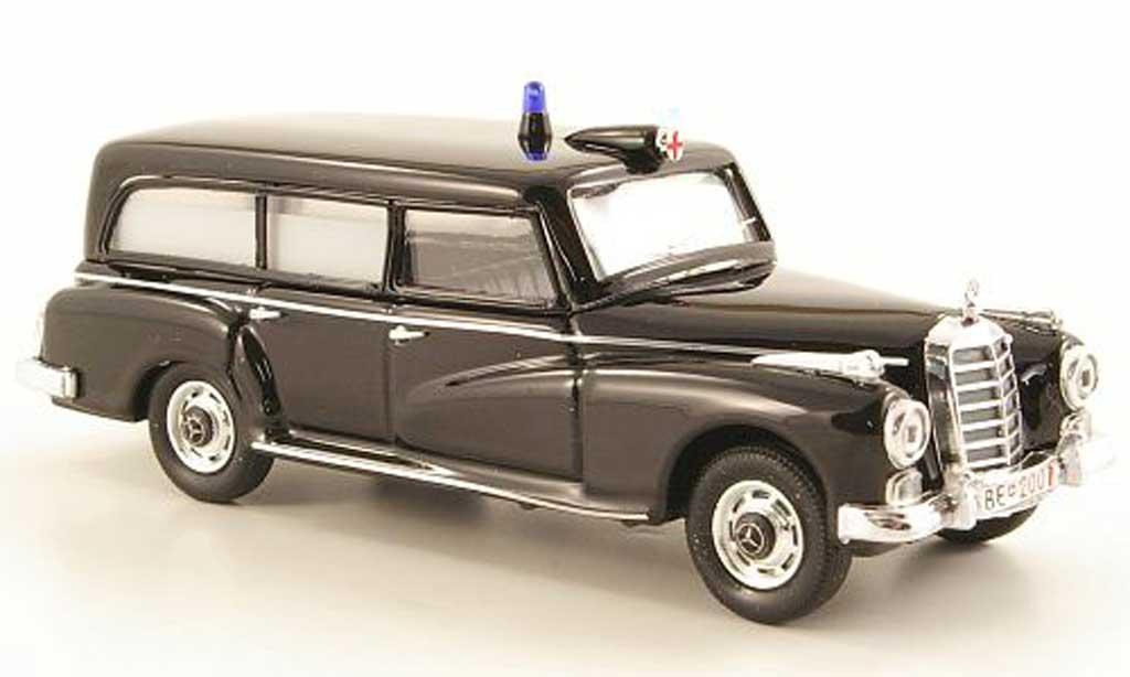 Mercedes 300 1/43 Rio Ambulanz Schweiz 1958 diecast model cars