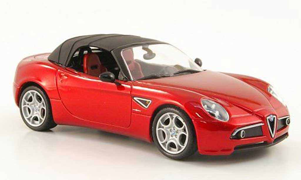 Alfa Romeo 8C 1/43 M4 Spider rouge Softtop 2010 miniature