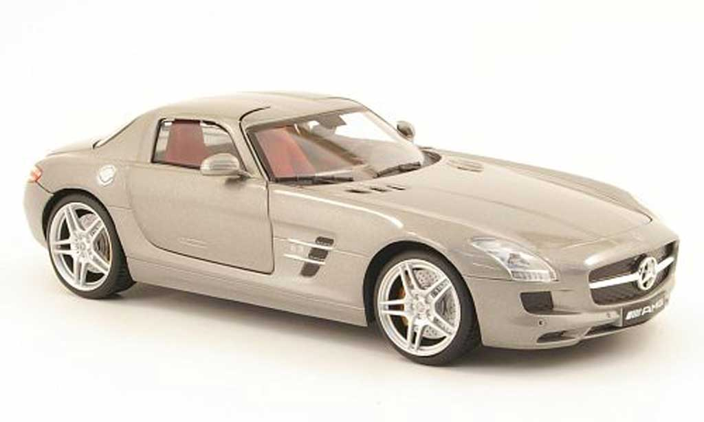 Mercedes SLS 1/18 Mondo Motors coupe amg grise miniature