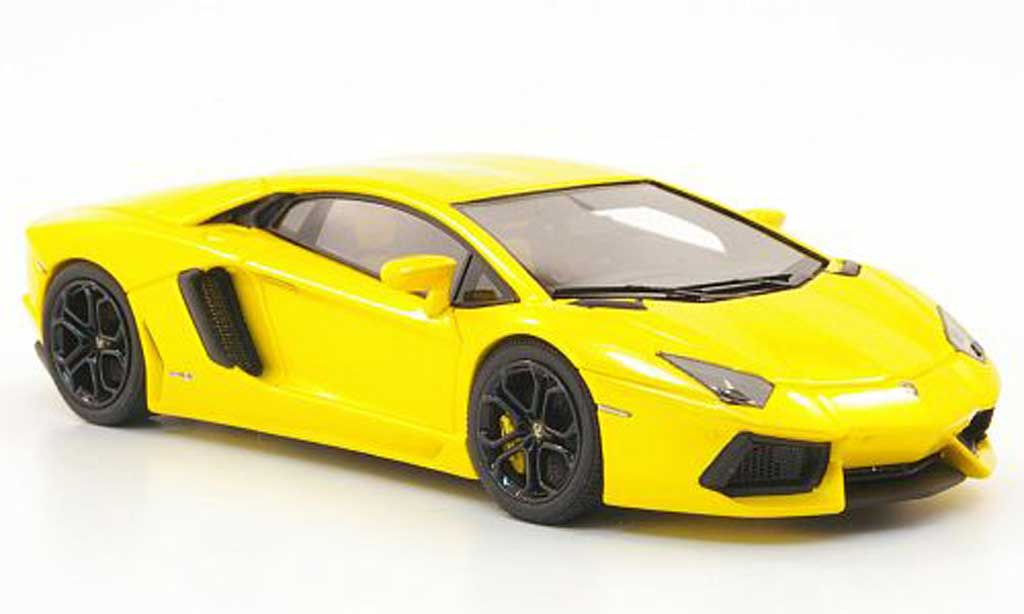 Lamborghini Aventador LP700-4 1/43 Look Smart jaune 2011 miniature
