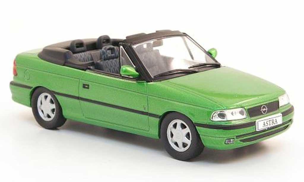 Opel Astra 1/43 Hachette F Cabriolet grun (ohne Magazin) 1994 miniature