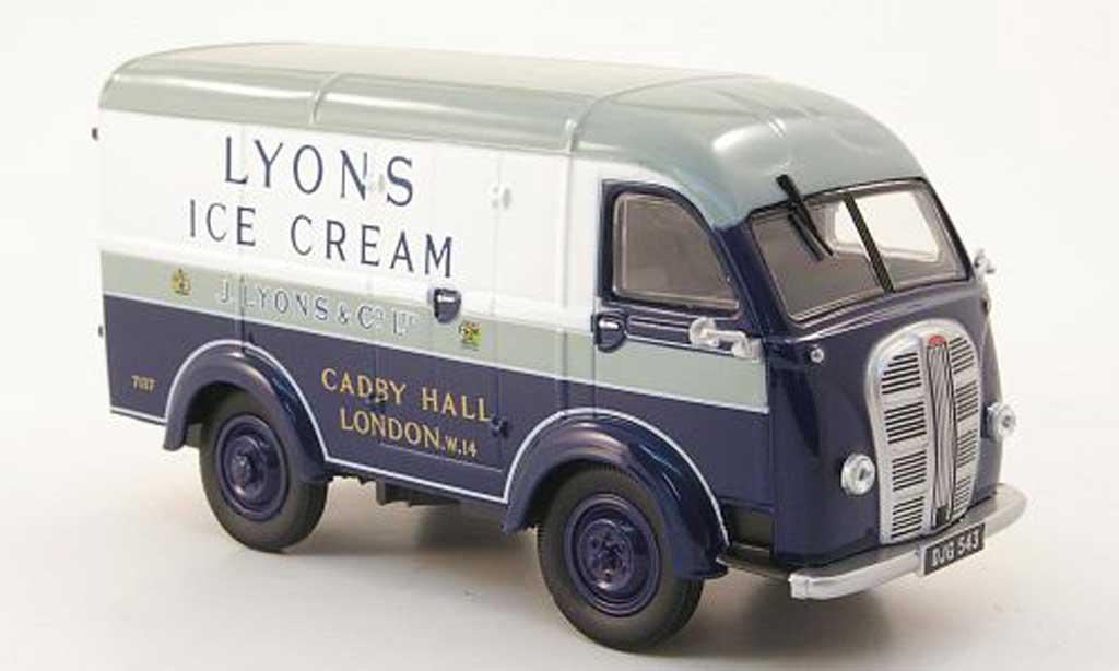 Austin K8 1/43 Oxford Van Kasten Lyons Ice Cream miniature