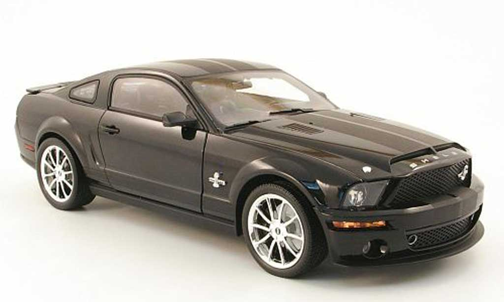 Shelby GT 500 1/18 Shelby Collectibles super kr noire 2008 miniature