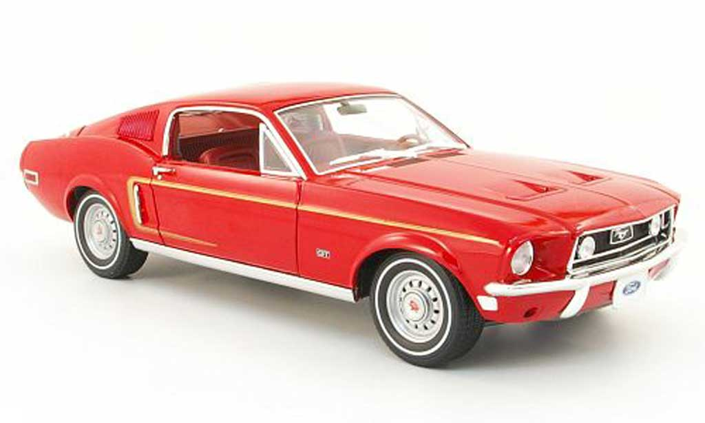 Ford Mustang 1968 1/18 Greenlight gt 2+2 fastback rouge miniature