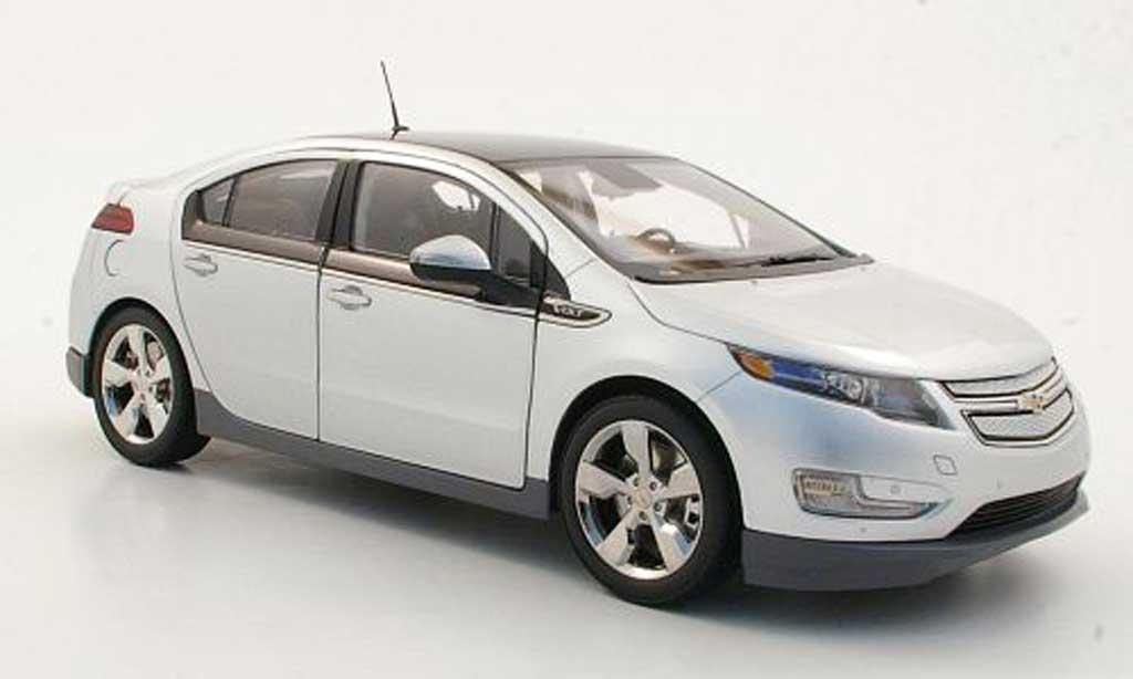 Chevrolet Volt 1/18 Kyosho grey metallisee diecast model cars