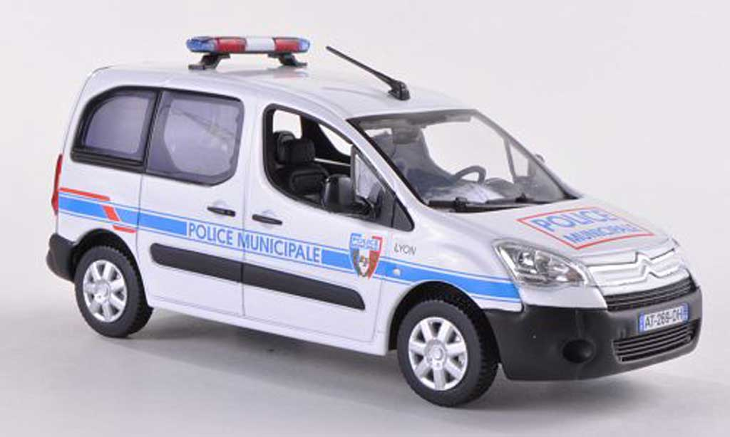 citroen berlingo miniature police municipale 2008 norev 1 43 voiture. Black Bedroom Furniture Sets. Home Design Ideas