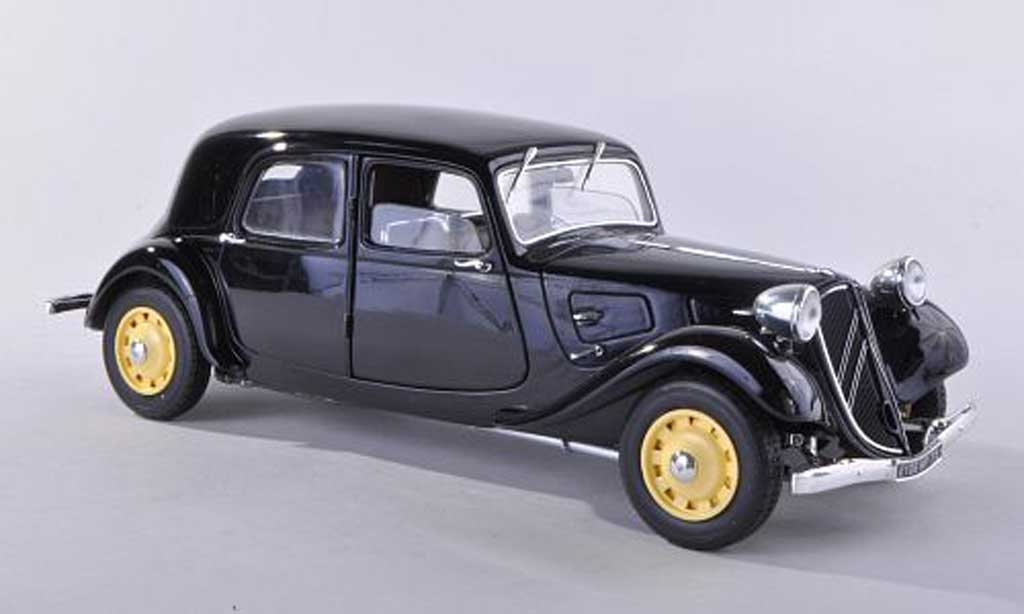 Citroen Traction 11 1/18 Solido B noire 1938 miniature