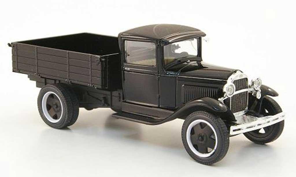 Gaz AA 1/43 Nash Avtoprom Pritsche noire avec Chrom miniature