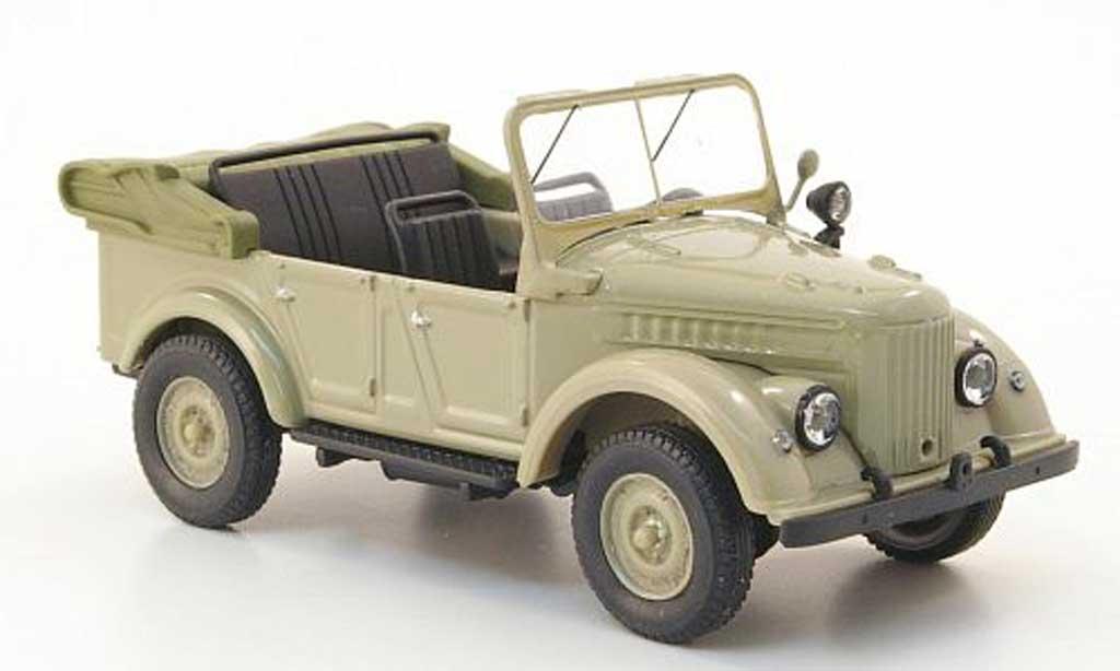 Gaz 69A 1/43 Nash Avtoprom beige offen miniature