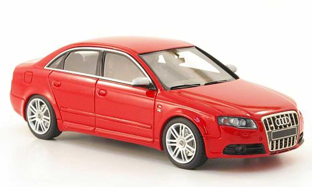 Audi S4 1/43 Look Smart rouge miniature