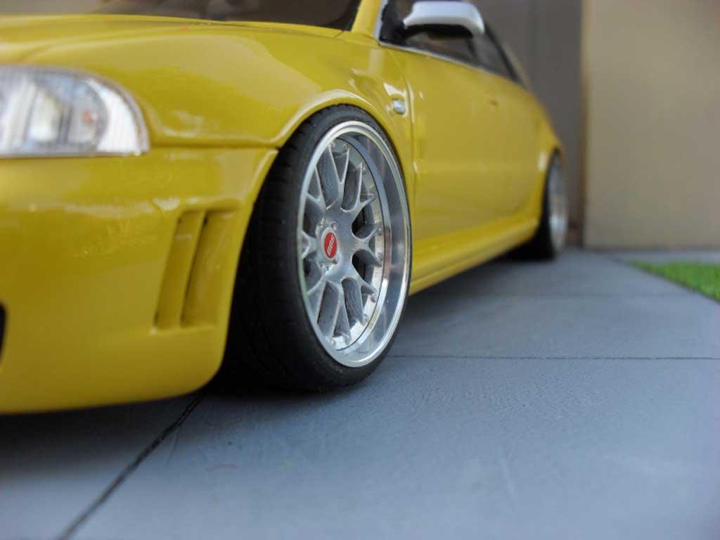 Audi RS4 1/18 Ottomobile jaune jantes BBS 19 pouces