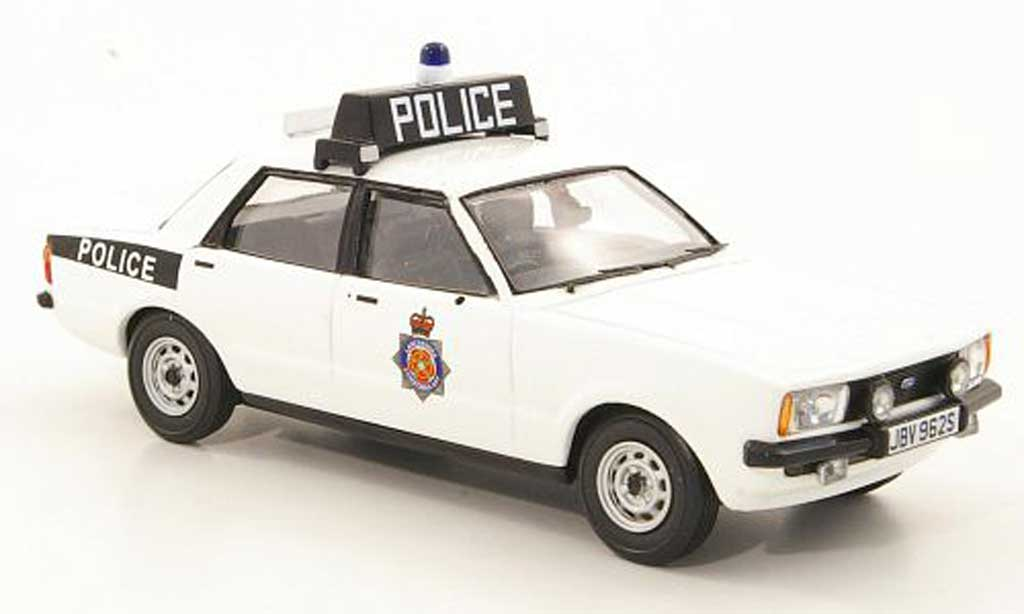 Ford Cortina 1/43 Vanguards MkIV 2.0S Lancashire Police (GB) RHD miniature