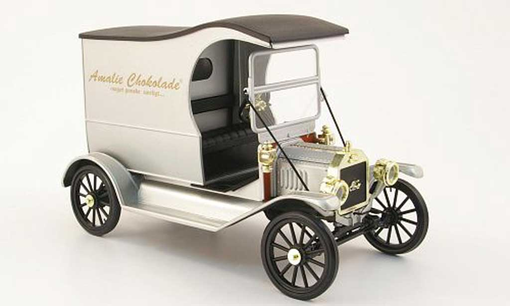 Ford Model T 1/18 Eagle delivery van amalie chokolade miniature