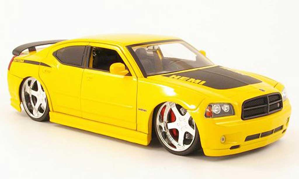 dodge charger daytona miniature r t jaune mat noire 2006 jada toys 1 18 voiture. Black Bedroom Furniture Sets. Home Design Ideas
