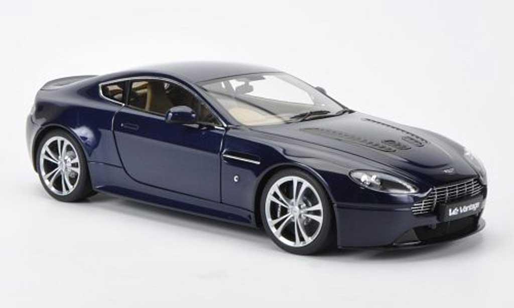 aston martin v12 vantage miniature bleu rhd autoart 1 18 voiture. Black Bedroom Furniture Sets. Home Design Ideas