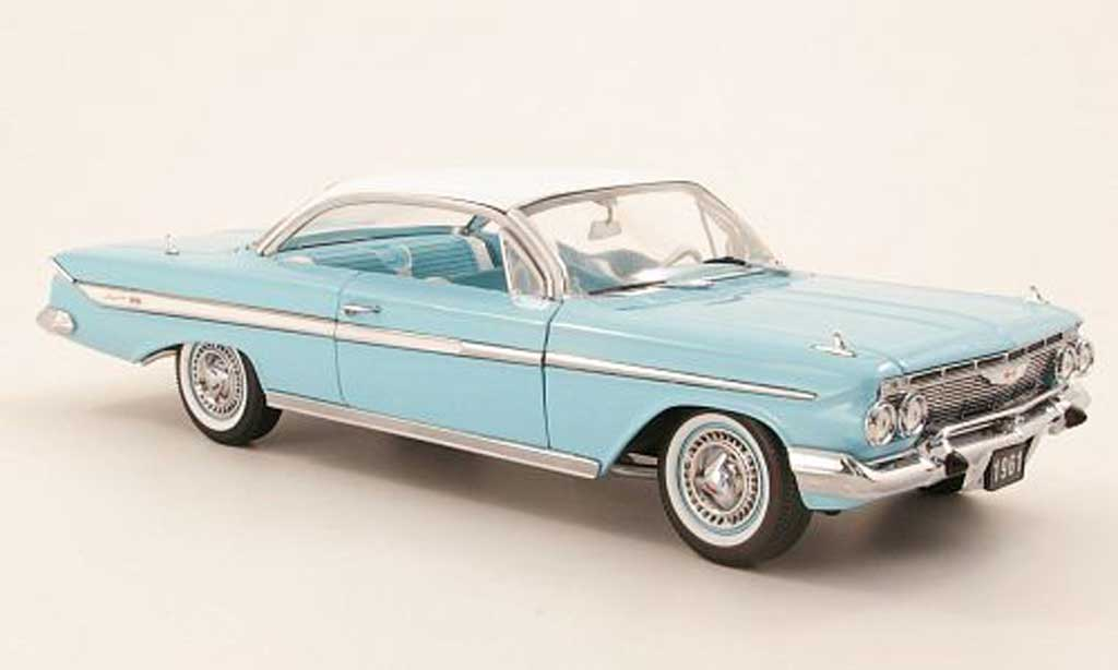Chevrolet Impala 1961 1/18 Sun Star Sport Coupe turkis/bianco miniature