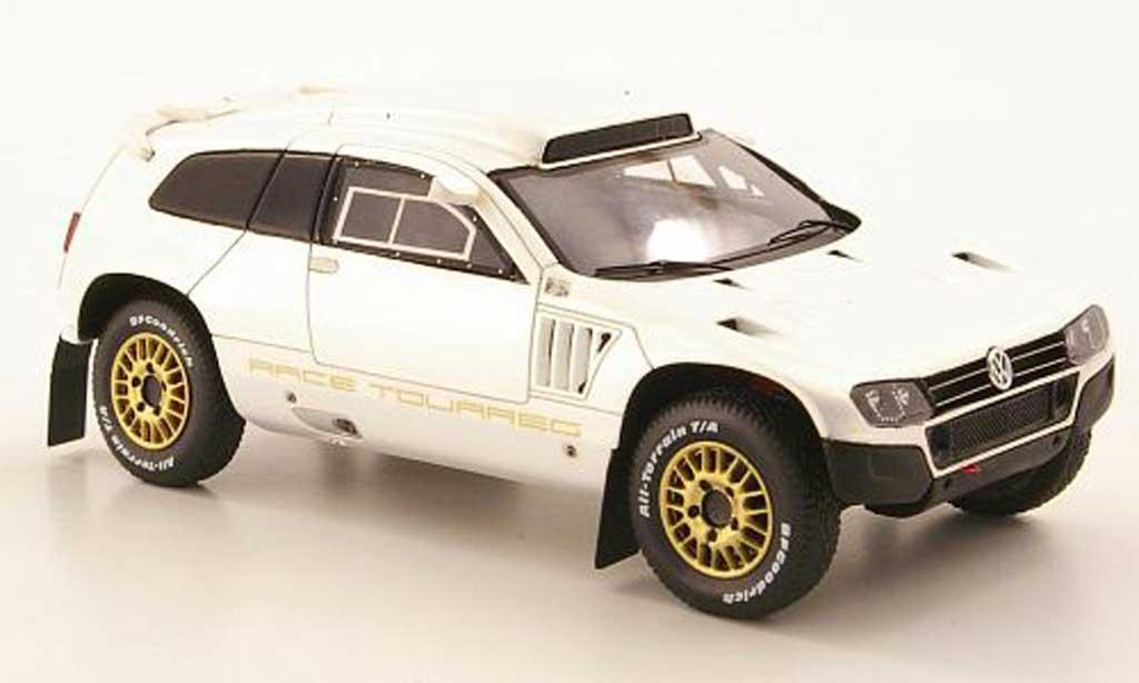 Volkswagen Touareg Dakar 1/43 Spark Race 3 blanche Qatar Edition 2011 miniature