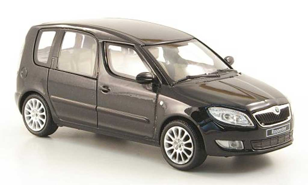Skoda Roomster 1/43 Abrex noire miniature