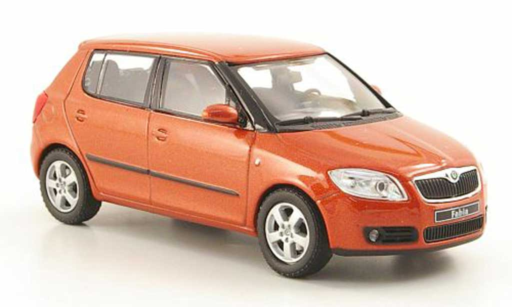 Skoda Fabia II 1/43 Abrex orange 2006 miniature