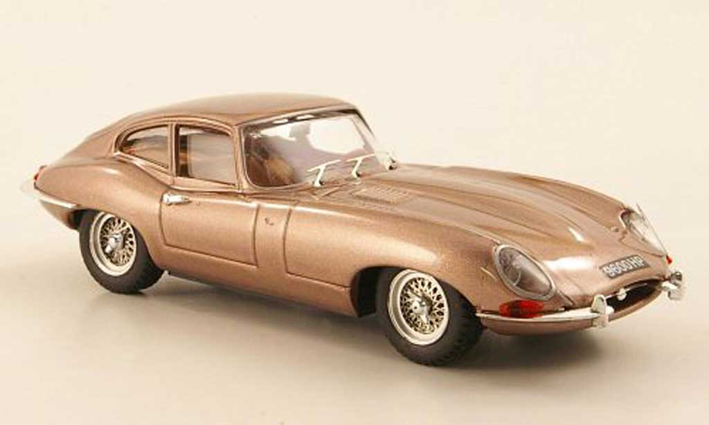 Jaguar E-Type 1961 1/43 Best 1961 Coupe kupfer Genf miniature