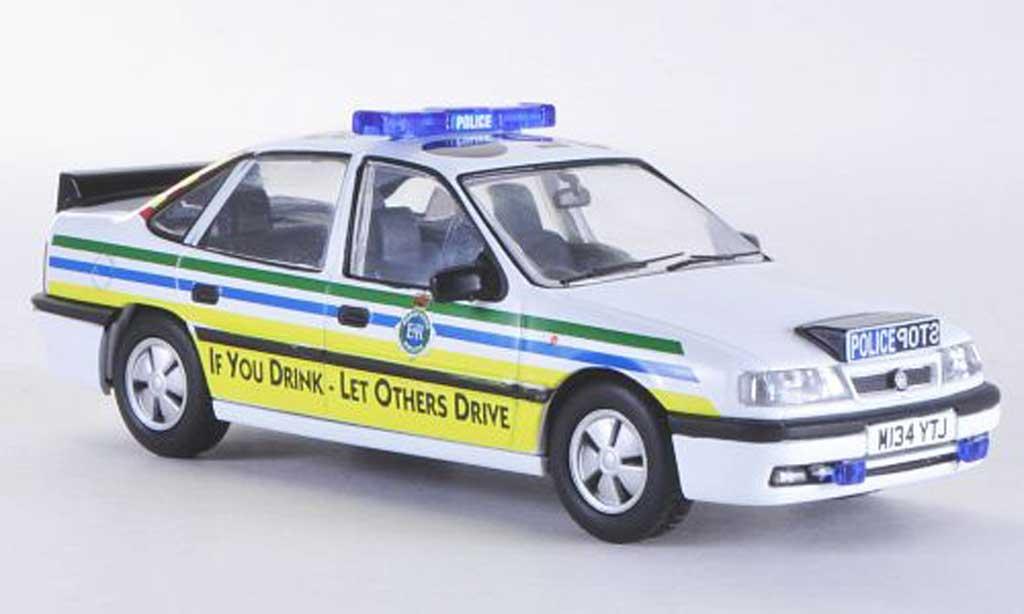 Opel Cavalier 1/43 Vanguards Mk3 Merseyside Police Polizei (UK) RHD miniature