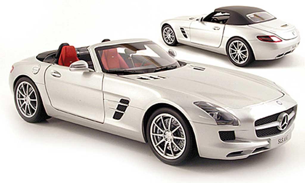 Mercedes SLS 1/18 Minichamps roadster AMG Roadster (R197) grise metallisee 2011 miniature
