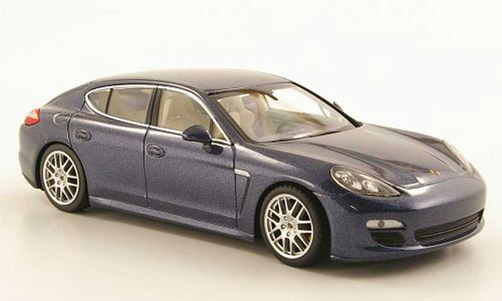 porsche panamera 4s blau 2010 minichamps modellauto 1 43. Black Bedroom Furniture Sets. Home Design Ideas