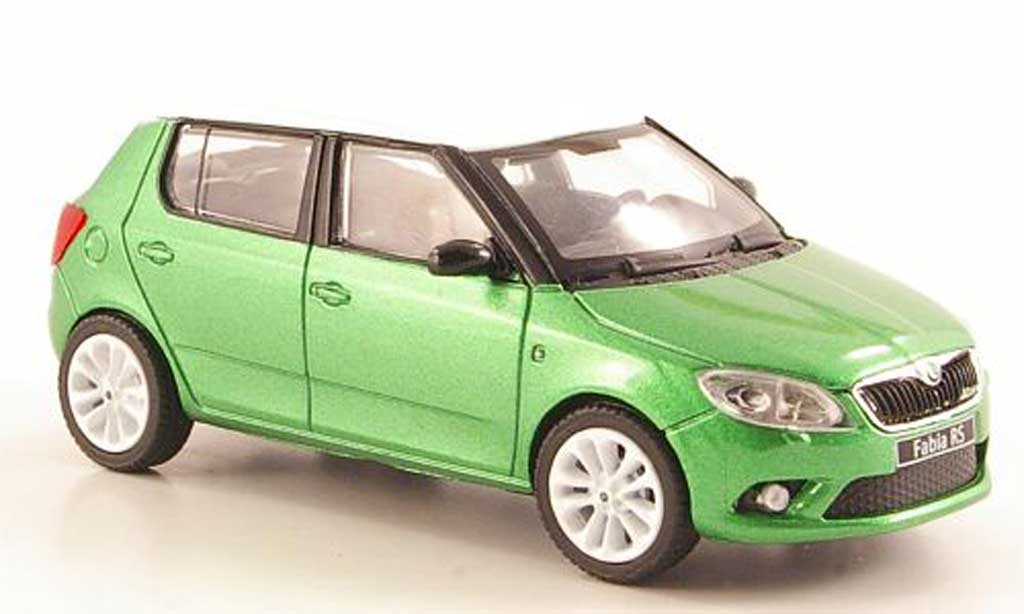 skoda fabia miniature rs verte mit blancheem dach und. Black Bedroom Furniture Sets. Home Design Ideas