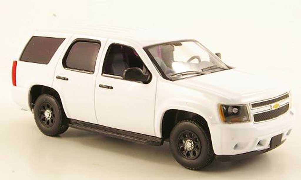 Chevrolet Tahoe 1/43 First Response PPV blanche 2011 miniature