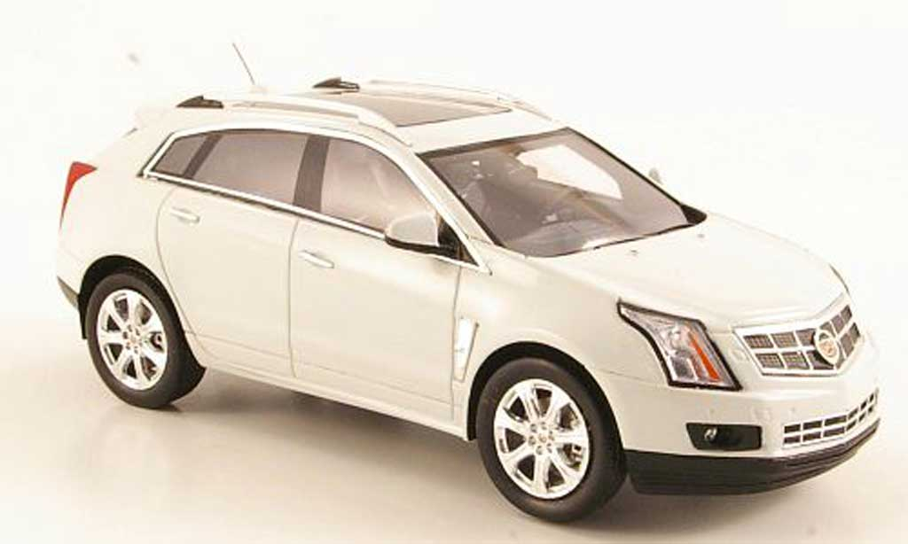 Cadillac SRX 1/43 Luxury Collectibles Crossover blanche 2011 miniature