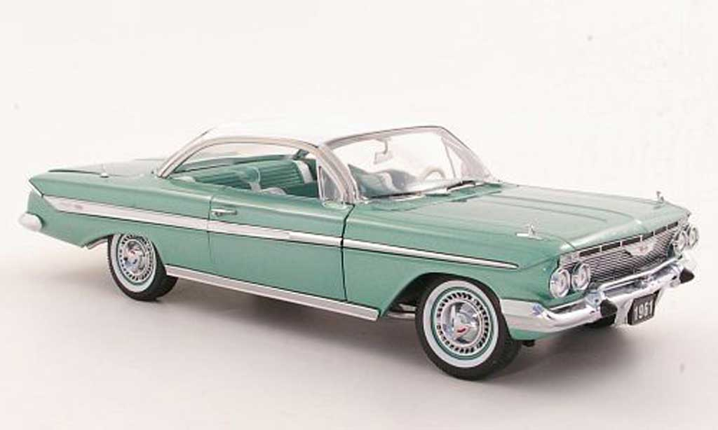 Chevrolet Impala 1961 1/18 Sun Star Sport Coupe grise grun/blanche