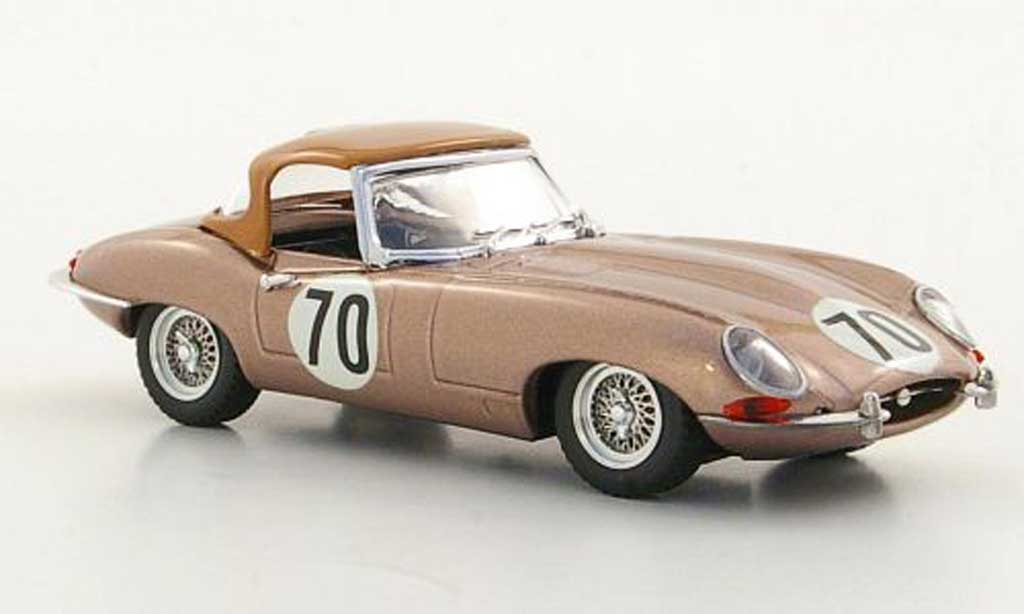 Jaguar E-Type 1961 1/43 Best 1961 Hardtop No.70 T.Fleming Nassau miniature