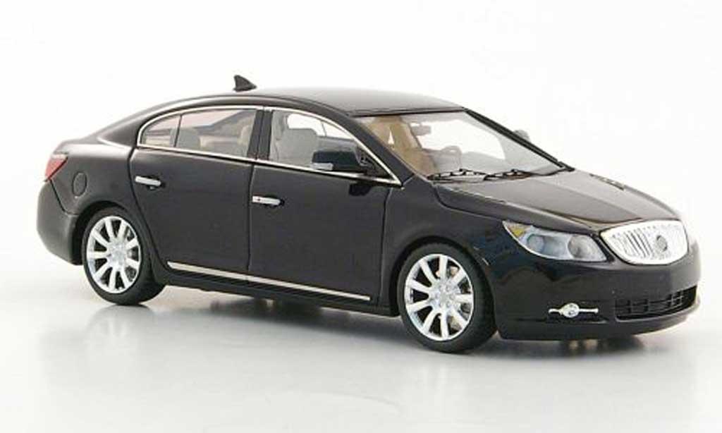Buick LaCrosse 1/43 Luxury Collectibles noire 2011 miniature