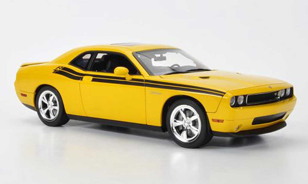 Dodge Challenger 2010 1/18 Highway 61 R/T jaune mit noireer Dekoration miniature