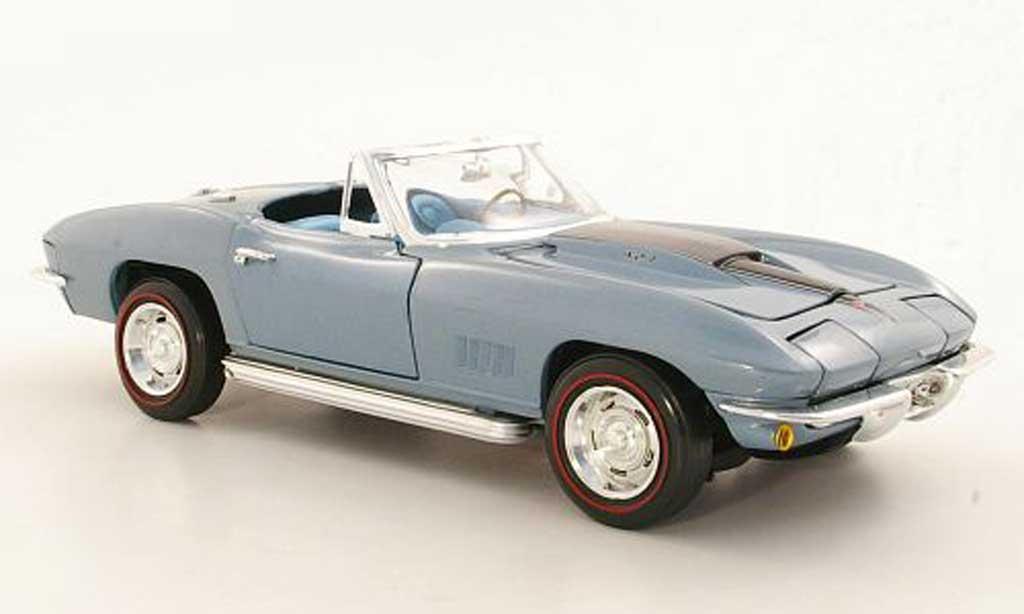 Chevrolet Corvette C2 1/18 Ertl Convertible (C2) grise metallisee bleu/noire 1967 miniature
