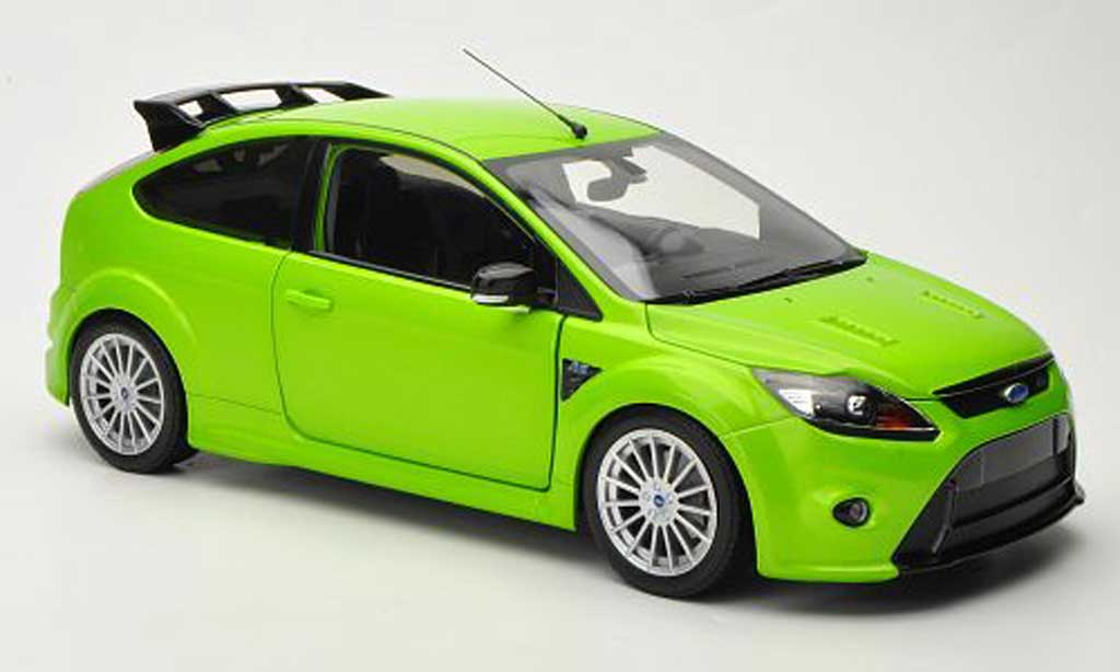 Ford Focus RS 1/18 Minichamps grun 2010 miniature