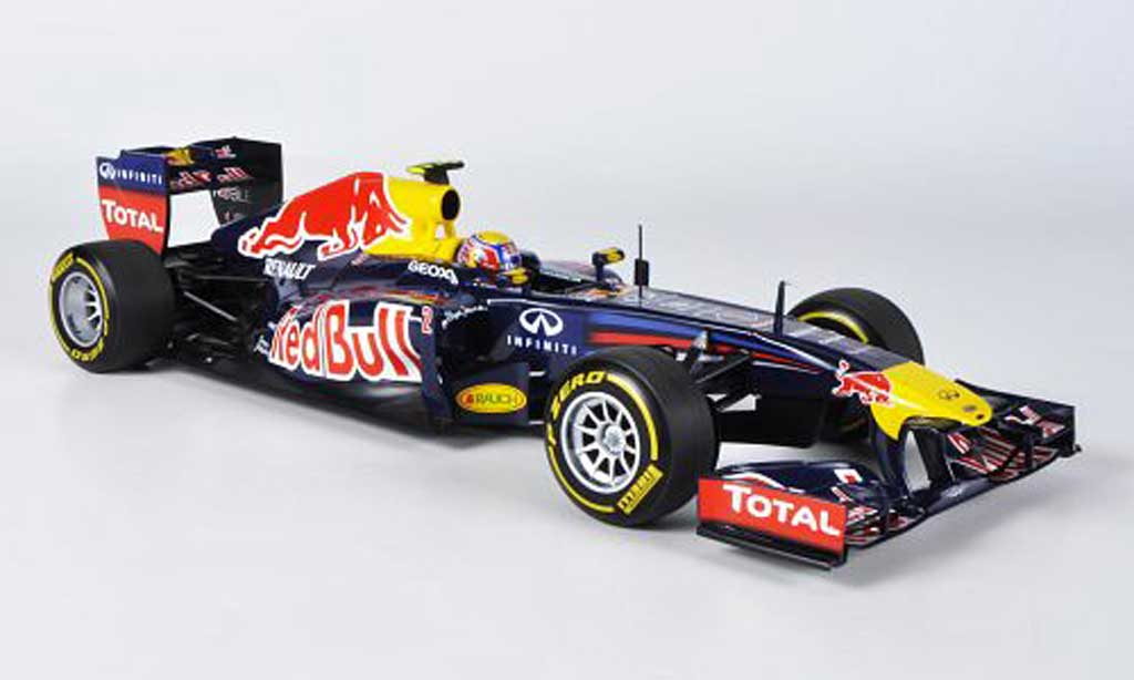 Renault F1 1/18 Minichamps Red Bull Racing No.2 M.Webber Showcar 2012 miniature