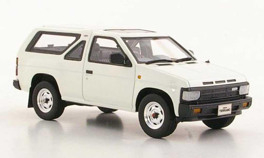 Nissan Terrano 1/43 Hi Story (R3M) white 3-portes RHD 1986 diecast model cars