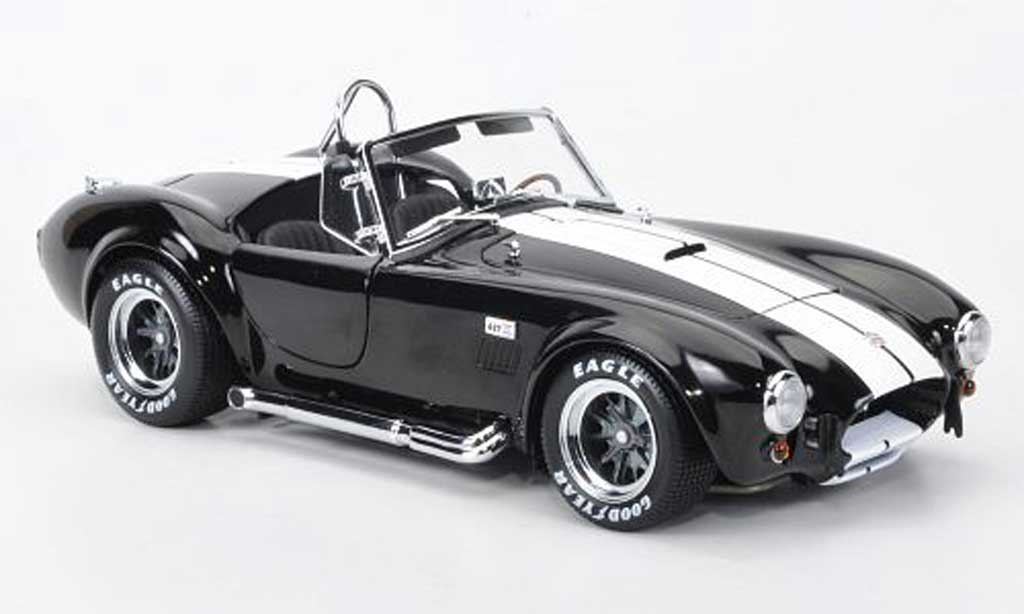 shelby ac cobra 427 s c schwarz weiss kyosho modellauto 1. Black Bedroom Furniture Sets. Home Design Ideas