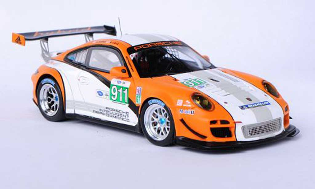Porsche 997 GT3 R hybrid 1/43 Spark 2.0 No.911 R.Dumas / R.Lietz ALMS 2011 miniature
