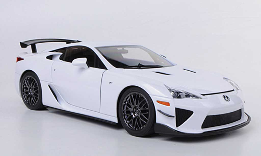 lexus lfa nurburgring weiss 2011 autoart modellauto 1 18 kaufen verkauf modellauto online. Black Bedroom Furniture Sets. Home Design Ideas